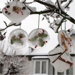 Decorate this Christmas with ice ornaments