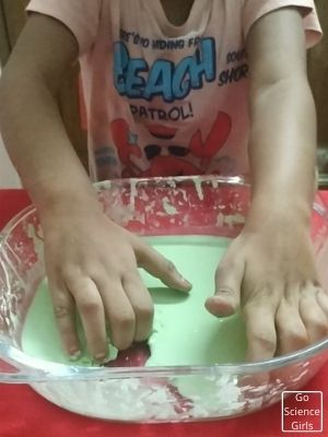 Corn Starch Mixture For Oobleck Science Experiment