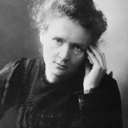 Marie Curie : Woman Who Changed Science