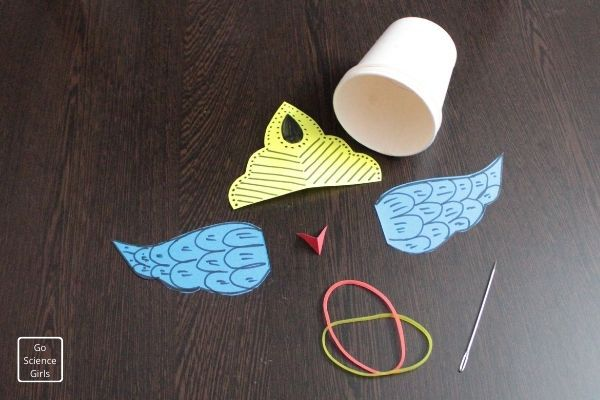Decorate our rocket launcher with wings and crown
