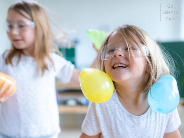 Static electricity experiment with kids